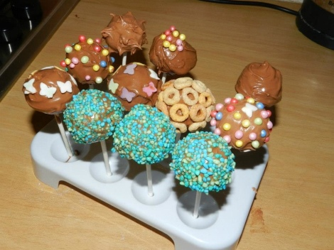 Finished pop cakes