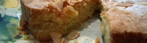 Apple cake cut